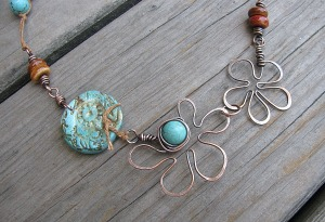 Wire flower necklace2