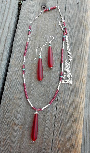Long red glass set