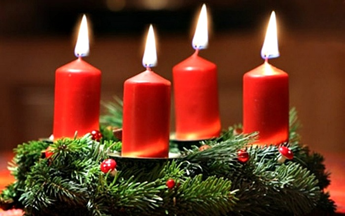 yule-candles-on-christmas